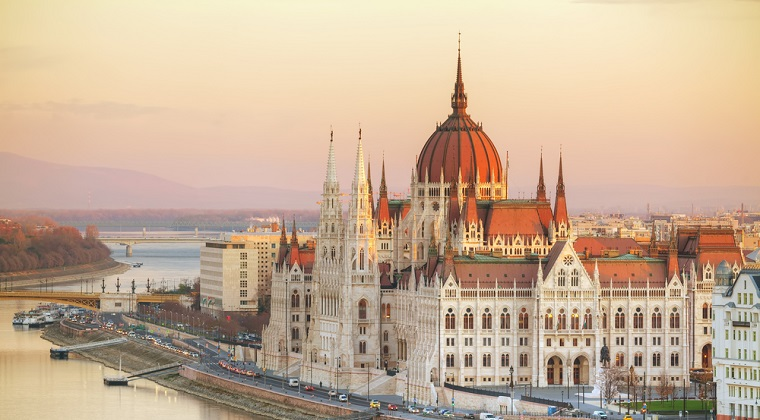 Ministrul luxemburghez de Externe vrea Ungaria sa fie exclusa din UE