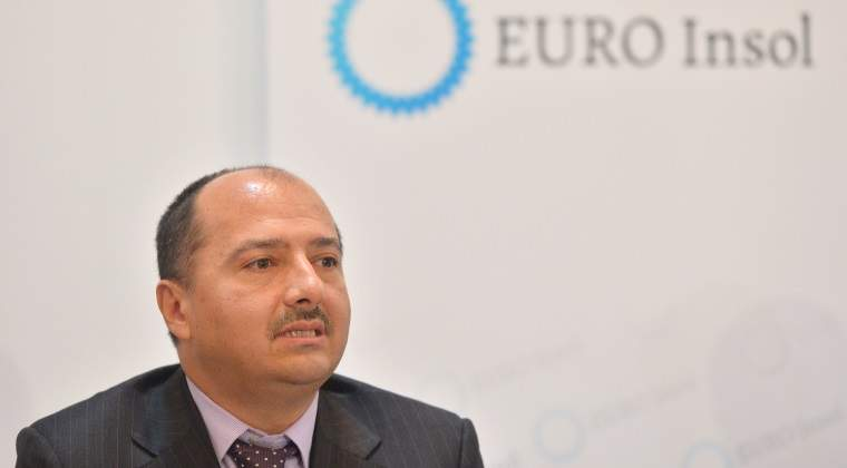 """Borza ii cere ministrului Energiei sa posteze mai rar pe Facebook """"mijlocul de comunicare predilect al domnisoarelor singure"""""""