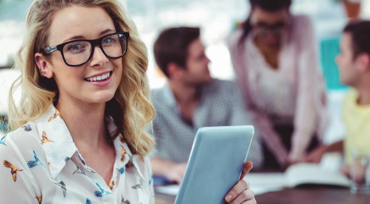 4 factori esentiali pentru angajati fericiti, creativi si eficienti