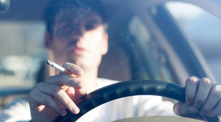 Proiect antifumat: Interzicearea fumatului in masina personala daca sunt copii; fara tigari electronice la locul de joaca