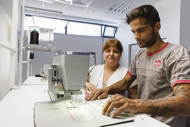 Faurecia inaugureaza o fabrica la Valcea - 1.200 de locuri de munca