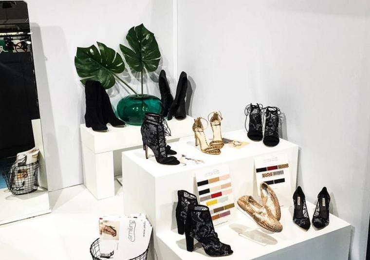 Surorile Naduh de la Smiling Shoes investesc 15.000 de euro intr-un showroom si estimeaza o crestere de 30% a business-ului pentru acest an