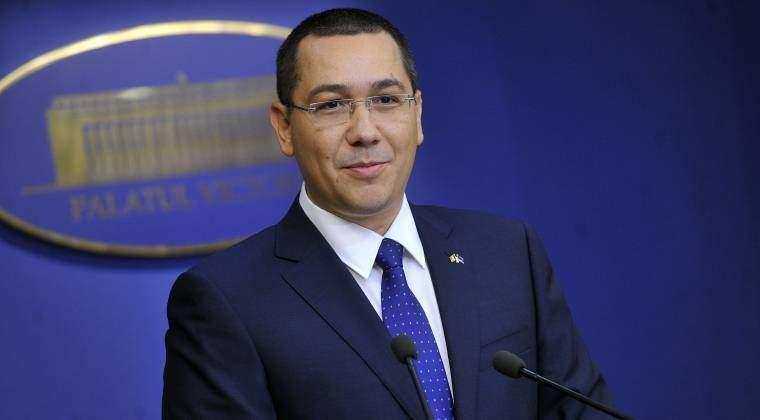 """Victor Ponta: Toamna are loc """"festivalul"""" protestelor; in 2015 ne-au spus cine sa nu guverneze, in 2016 cine sa nu fie senator"""