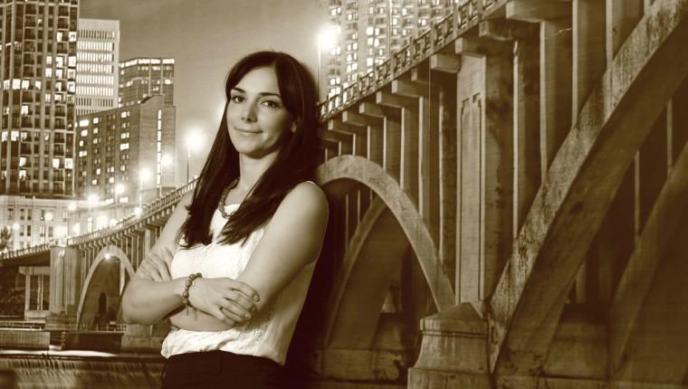 A vazut toata Europa inca din studentie si a ajuns cea mai puternica femeie din consultanta imobiliara: povestea Ilincai Paun, care conduce azi operatiunile Colliers