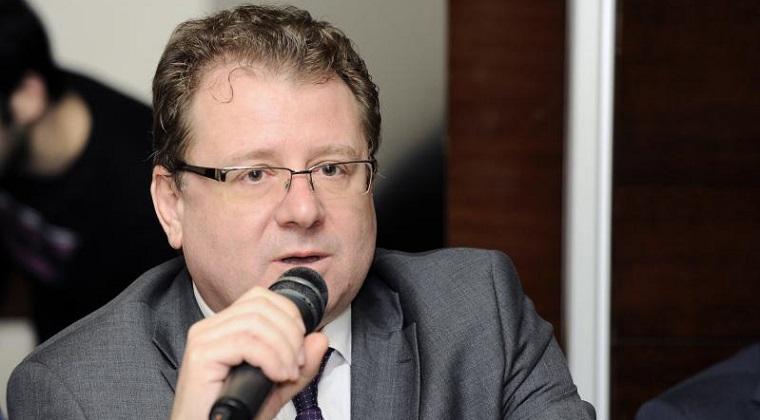 Brokeri: Unele firme de asigurari ar putea sa iasa din piata RCA, in functie de tarifele stabilite de ASF