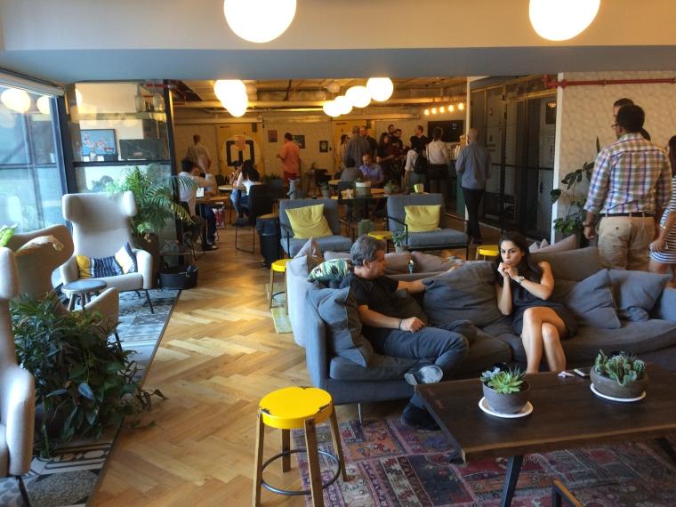 WeWork: Cum arata cel mai mare HUB de antreprenoriat din Israel [FOTO]