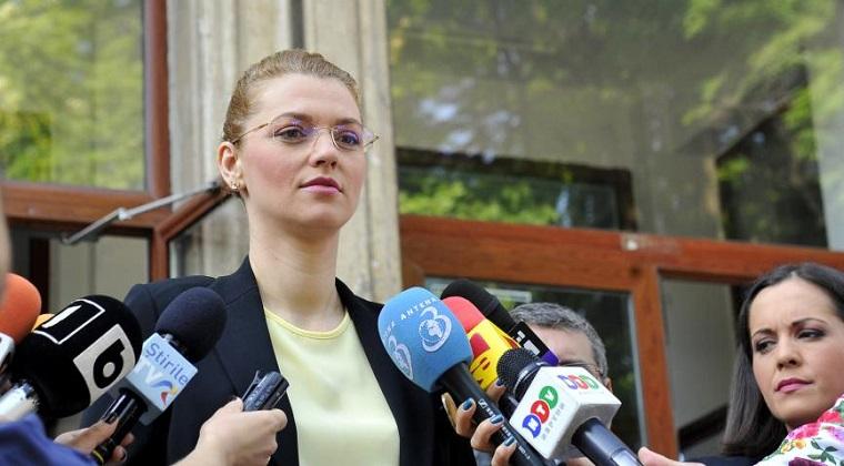 PNL a modificat statutut : Alina Gorghiu, presedinte unic; Buda, mandatat sa valideze listele