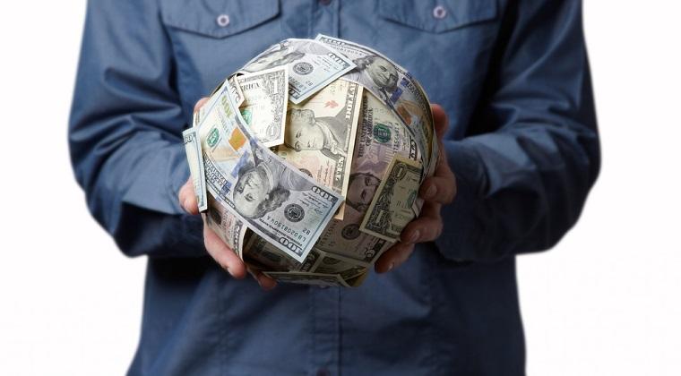Topul celor mai mari salarii incasate de angajati veniti in Romania din afara granitelor UE. Americanii conduc detasat