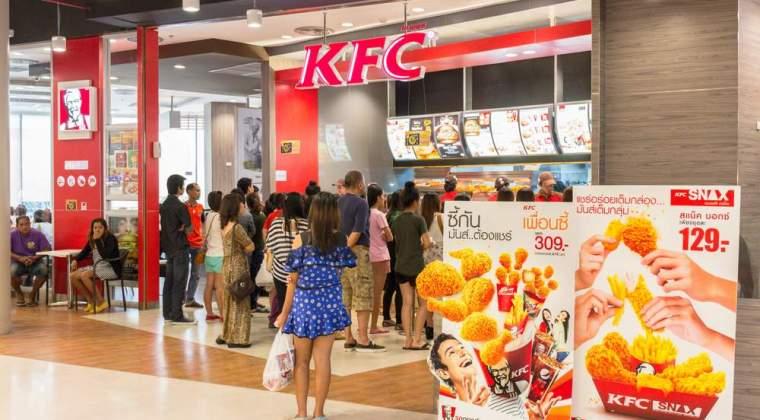 Lantul de restaurante KFC angajeaza casieri si bucatari in cele 60 de restaurante