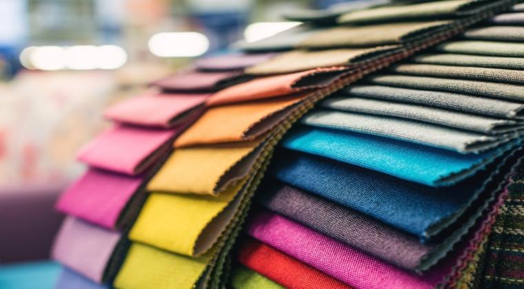 Ce masuri propune un antreprenor roman pentru a redresa industria textila: investitii pe orizontala, comunicare intre patronate si Guvern si un institut de moda