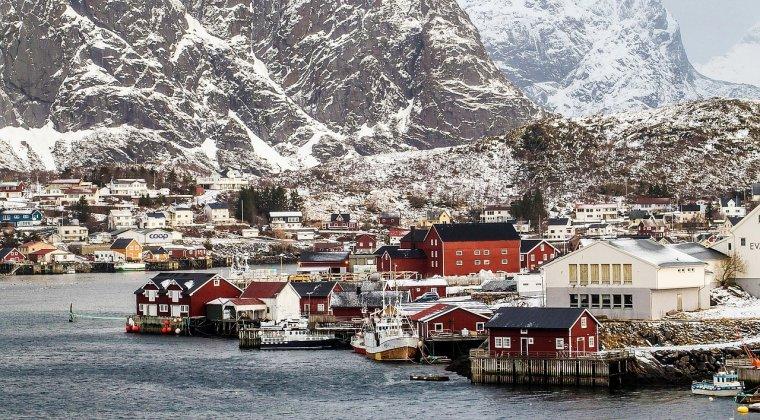 5 destinatii care au farmec iarna: cat te costa sa mergi in vacanta aici