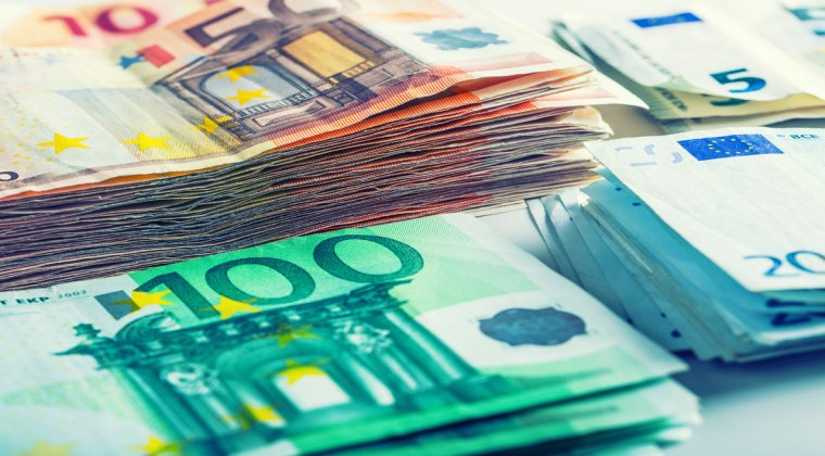 Euro urca la 4,51 lei, dupa victoria lui Trump in alegeri