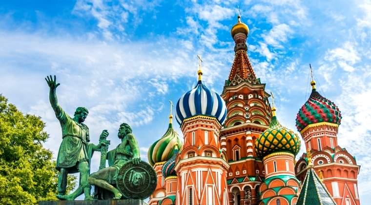 Kremlinul ii interzice unui fost ambasador american sa intre pe teritoriul Rusiei