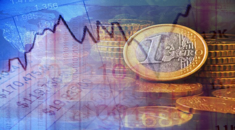 Euro se indreapta spre a 10-a pierdere consecutiva fata de dolar, cea mai lunga serie negativa din istoria sa