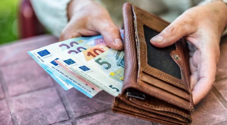 Finante-Banci - De ce sa economisesti prin fonduri de pensii private facultative: care este costul amanarii economisirii pentru pensie