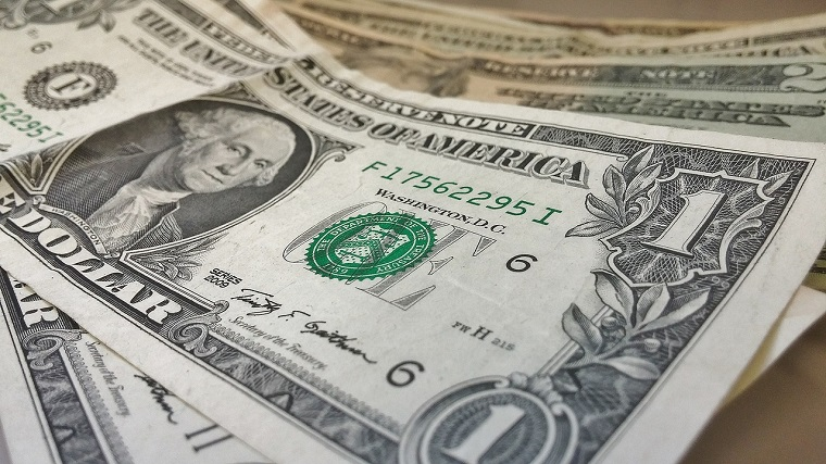 Cum cred bogatii ca au ajuns sa faca avere: sfaturile consultantilor financiari si norocul, printre factorii cei mai rar mentionati