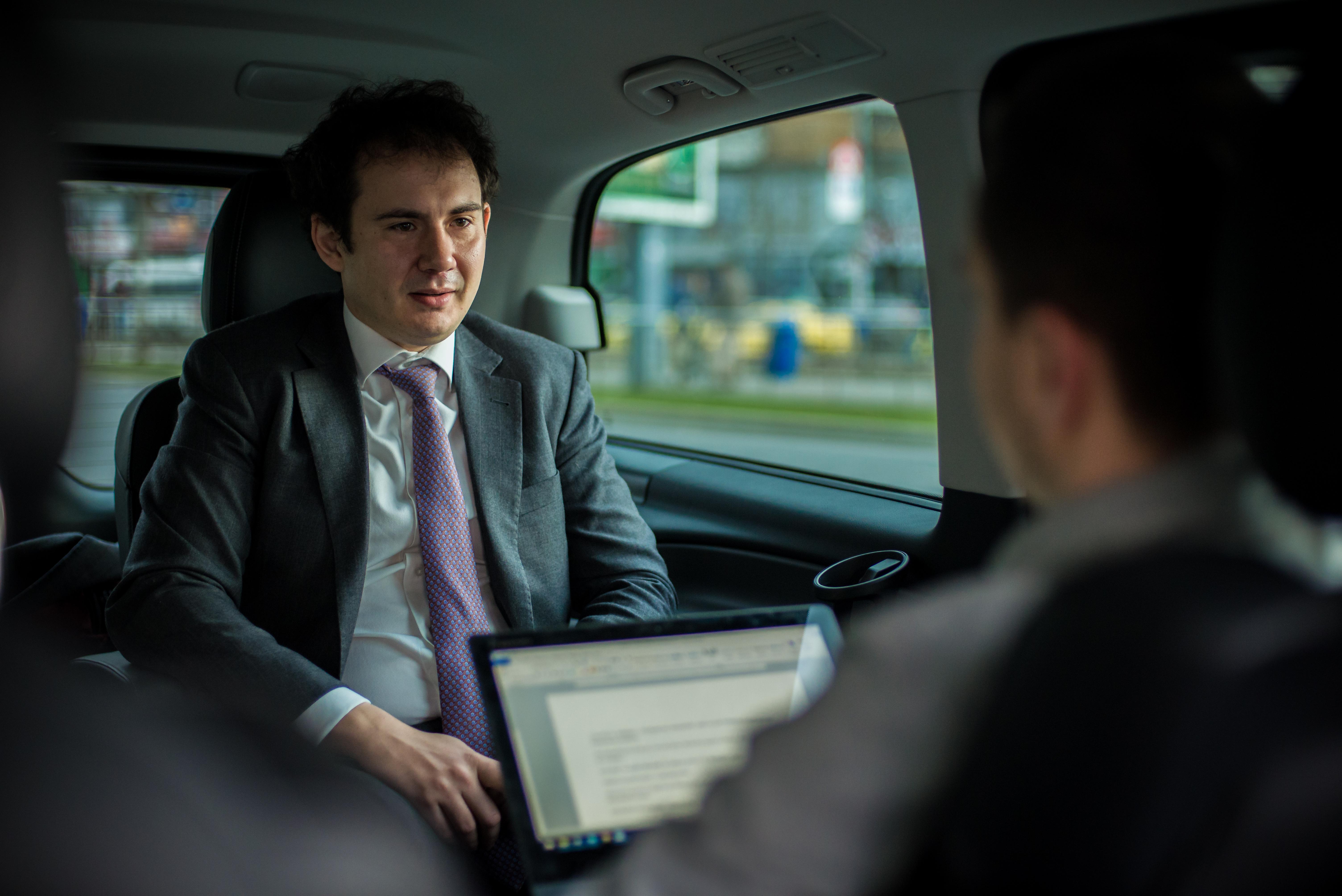 Real-Estate - Interviu mobil cu Andrei Pogonaru: Astept sa vad primele proiecte de birouri fara parcare sau cu locuri limitate. Va fi ceva cu adevarat revolutionar!