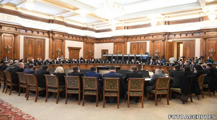 Intalnirea dintre presedintele Iohannis si premierul Grindeanu, pe tema masurilor Guvernului, a inceput