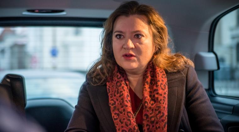 Finante-Banci - Interviu mobil cu Raluca Tintoiu de la NN Pensii: Precum in trafic la volan, departamentul de risc este centura noastra de siguranta in industria de pensii private