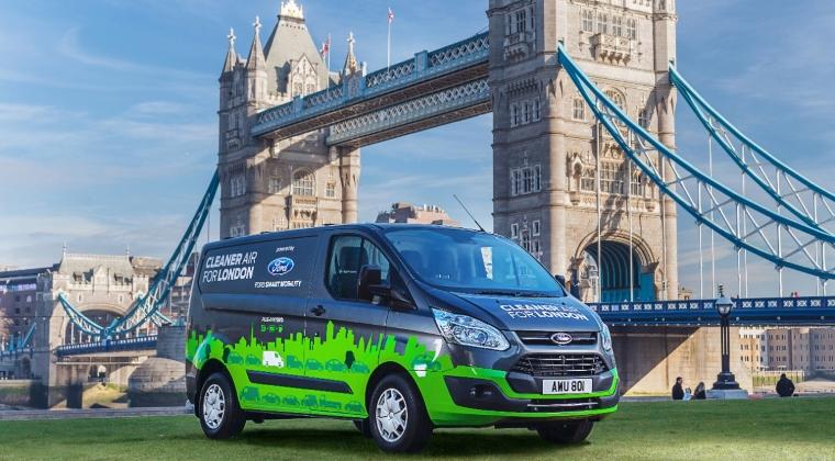Auto - Londra testeaza 20 de utilitare hibride plug-in Ford