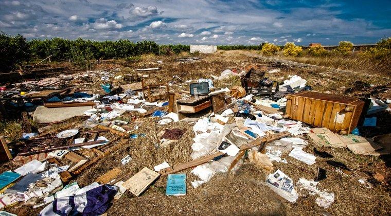 Comisia Europeana a dat in judecata Romania la Curtea de Justitie a UE din cauza depozitelor ilegale de deseuri
