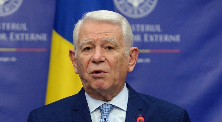 Ministrul de Externe, Teodor Melescanu, audiat la DNA in dosarul privind OUG 13