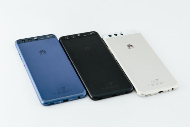 """MWC 2017: producatorii de smartphone-uri """"se inghesuie"""" sa profite de ezitarile marilor playeri"""