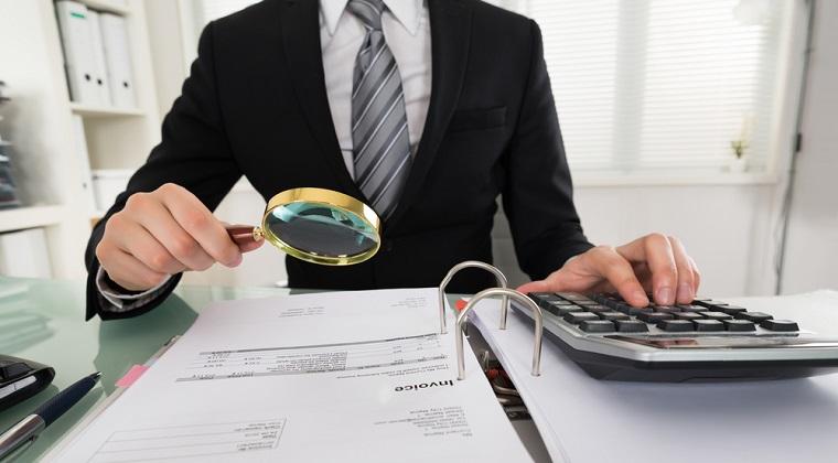 Trei servicii de care are nevoie orice firma si cum influenteaza acestea mediul de lucru intern si extern