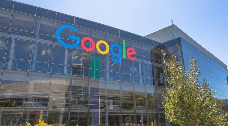 Google si Levi's vor lansa o geaca inteligenta care permite controlarea gadgeturilor