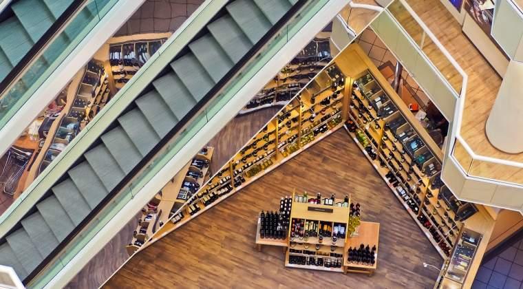 """Expertii imobiliari: In Bucuresti mai este loc pentru inca 2-3 mall-uri de mari dimensiuni. """"Potentialul Capitalei este mult subestimat"""". Taie online-ul din elanul investitorilor?"""