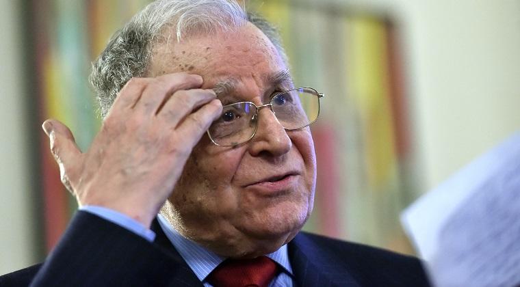 Fostul presedinte Ion Iliescu, audiat la Parchetul instantei supreme in dosarul Revolutiei