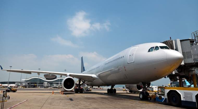 Aeroporturile din Romania se apropie de limita de trafic si au nevoie de investitii masive
