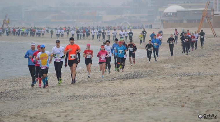 A inceput Maratonul Nisipului la Mamaia: ce implica aceasta competitie