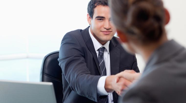 Sapte intrebari destepte pe care sa le adresezi la finalul unui interviu de angajare