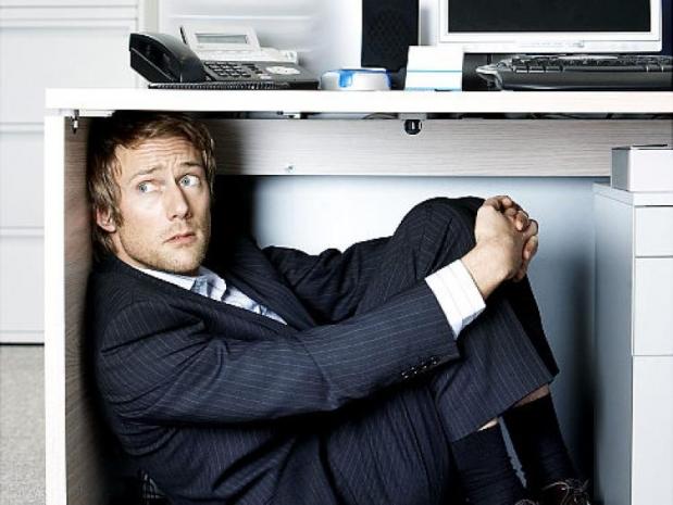 Cum iti invingi frica de la birou? Sfaturi vitale pentru a-ti combate seful atunci cand greseste