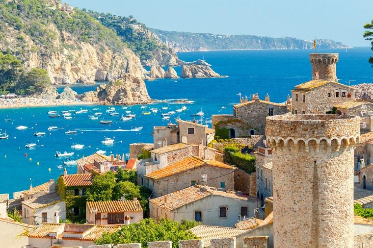 Top 10 cele mai sigure, ieftine si curate tari din lume pe care turistii le pot vizita