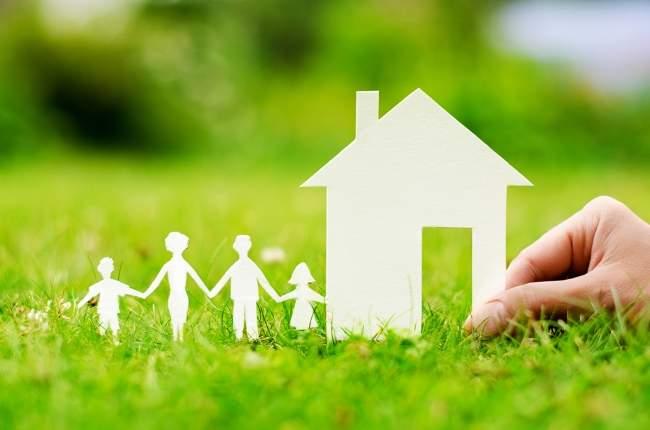 Klaus Iohannis a promulgat legea prin care copiii de pana la 3 ani sunt scosi de la intretinere