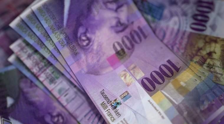 Numarul creditelor in franci elvetieni a scazut la jumatate in 2 ani, potrivit datelor BNR