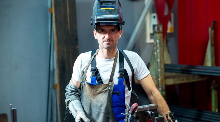Adecco angajeaza 500 de oameni: salariile urca pana la 1.000 de euro, pentru meserii cu traditie