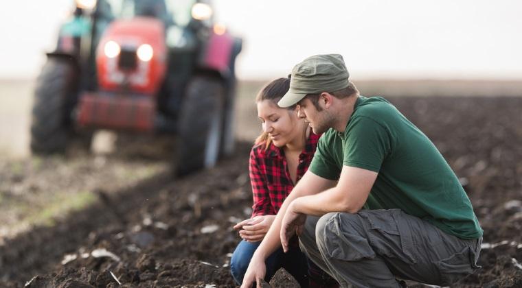 Afaceri la tara: de cati bani ai nevoie pentru a deveni antreprenor in mediul rural