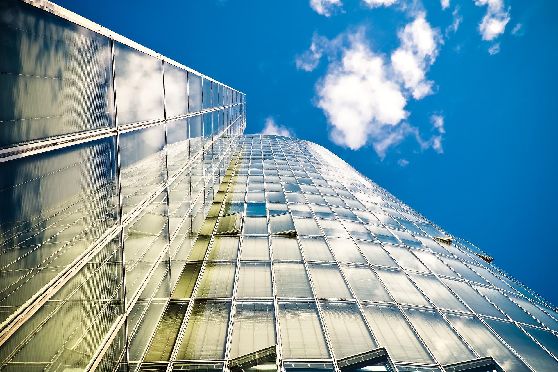 investitorii-imobiliari-se-uita-spre-noi-poli-de-dezvoltare-zonele-unirii-si-baneasa-intra-in-lumina-reflectoarelor-este-loc-pentru-noi-proiecte