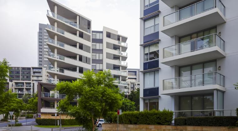 Numarul de autorizatii pentru constructia de locuinte a crescut cu 4,5% in martie