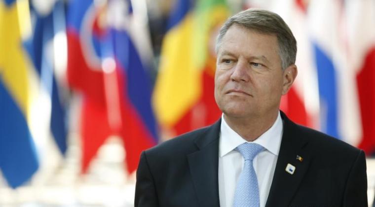 Klaus Iohannis provoaca indignare printre internautii britanici dupa ce a mutat drapelul Marii Britanii la summitul UE