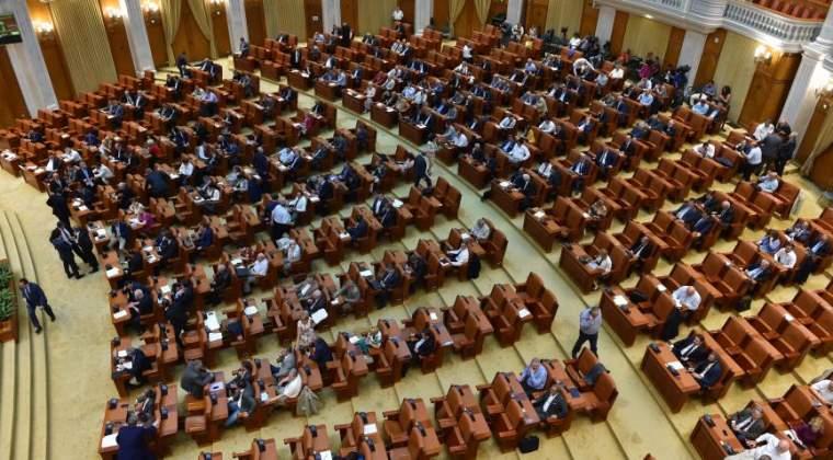 Legea gratierii ajunge luni in plenul Senatului pentru dezbatere si vot final