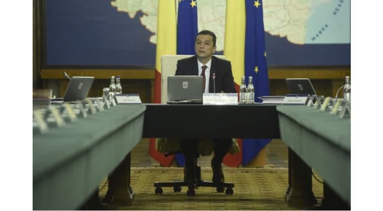 Cinci ministri din Guvernul lui Grindeanu, amenintati cu remanierea