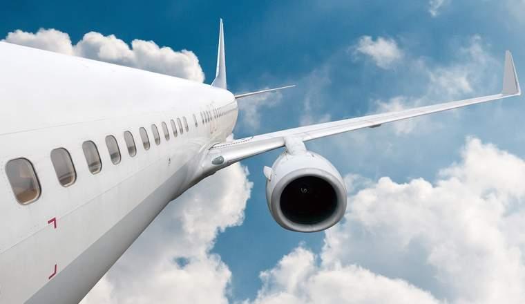 SUA vrea sa interzica laptopurile pe toate zborurile din Europa