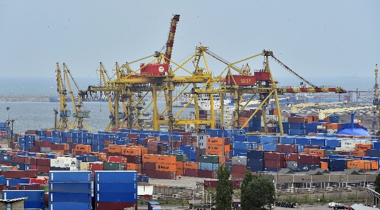 Oligarhii din Portul Constanta, la un pas sa isi isi faca propria lege cu tarife preferentiale