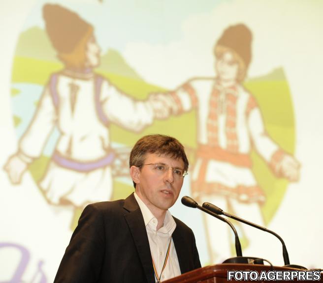 Legal-Business - Primarul Chisinaului, Dorin Chirtoaca, retinut pentru fapte de coruptie