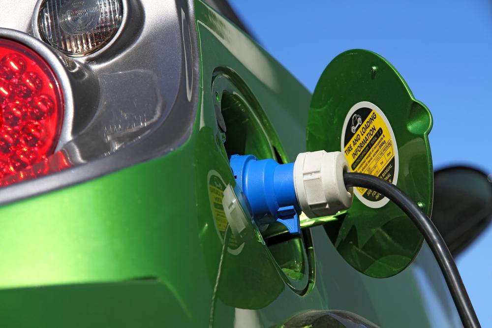 Auto - Vanzarile de masini electrice si hibrid in Romania au crescut de doua ori de la inceputul anului