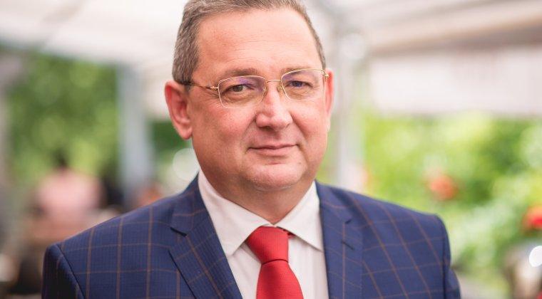 Alin Burcea, despre vouchere de vacanta in bani: Din bezna mintii Olguta Vasilescu a anulat toata munca noastra de 3-4 ani. Este o lovitura destul de dura